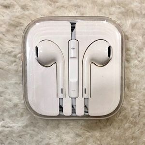 Never Been Used Apple Ear Pods
